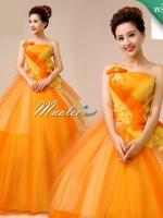 พร้อมเช่า ชุดแฟนซี ชุดราตรี ไหล่เดียว สีส้มแต่งระบายสีเหลือง น่ารัก แต่งโบว์เพิ่มความหวาน