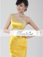 Pre-order ชุดราตรีสั้น mini dress ไหล่เฉียง สีเหลือง ปักเลื่อมช่วงไหล่และเอว