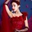 พร้อมเช่า ชุดแฟนซี ชุดราตรียาว สีแดง ไหล่เฉียง ตัวชุดเป็นผ้าแก้ว แต่งดอกสวย ไหล่ซ้ายมีโบว์ เชือกผูกหลัง thumbnail 7
