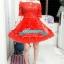 พร้อมเช่า ชุดราตรีสั้น แบบปาดไหล่ ตัวชุดลูกไม้ปักดิ้น กระโปรงตาข่าย สีแดง thumbnail 12