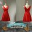 พร้อมส่ง ชุดราตรีสั้น แขนกุด สีแดง ผ้าซาติน คาดเอวสีแดง แต่งโบว์ตรงเอว thumbnail 2