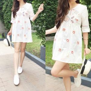 Tinlkle Embroidery Oversize Dress เดรสปักลายน่ารัก