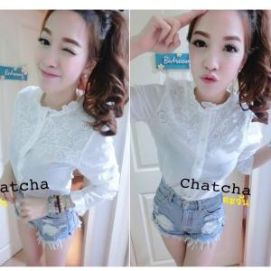 White Flowery Embroidery Shirt เสื้อคอจีนปักลายฉลุดอกทานตะวัน