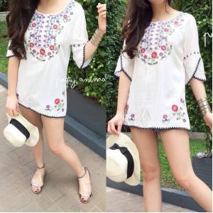 Colorful Embroidery Long Blouse เสื้อตัวยาวปักลายสีสดใส