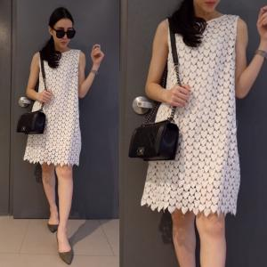 Heart Lace Dress เดรสลูกไม้ลายหัวใจสีขาว