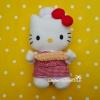 hello kitty with Chief bakery suit ตุ๊กตาคิตตี้ชุดเชฟขนมหวาน ผ้ากันเปื้อนแดงลายสก็อตแดง