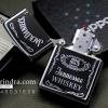 ไฟแช็ค Zippo ลายซิปโป้ ลาย Jack Daniel's Jennessee Whisky บอดี้สีเงินเงาทนทาน ตัวงาน Mirror