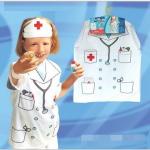 ชุดคุณหมอ สีขาว แพ็ค 10 ชุด ไซส์ 57*44.5 cm (เหมาะสำหรับ 3-8 ขวบ)