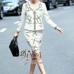 [พร้อมส่ง] เสื้อผ้าแฟชั่นเกาหลี เซ็ตเสื้อ+กระโปรงเข้าชุดกัน ตัวเสื้อแขนยาว เนื้อผ้าหนา บุซับในอย่างดีนะคะ คอปก มีกระดุมผ่าหน้าค่ะ