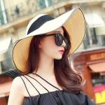 [พร้อมส่ง] H7286 หมวกสานปีกกว้าง คาดผ้ารอบหมวก ตกแต่งเพิ่มขอบหมวกด้วยผ้าโปร่ง สุดไฮโซ Hiso Girl