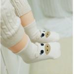 ถุงเท้า หมูสีเบจ แพ็ค 20 คู่ ไซส์ M (ประมาณ 1-3 ปี)