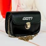 กระเป๋าสะพายข้างสตรี GOT7