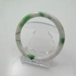กำไลหยกขาวแต้มเขียวเนื้อดี(Bangle jade)