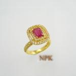 แหวนทับทิมเจียระนัยล้อมไวท์โทปาซ (Ruby Silver Ring) สั่งทำได้ค่ะ