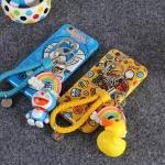 เคส iphone 5s / 5 พลาสติกลายบีดัก โดเรมอน พร้อมที่ห้อยน่ารักมากๆ ราคาส่ง ขายถูกสุดๆ -B-
