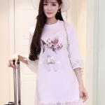 [พร้อมส่ง] เสื้อผ้าแฟชั่นเกาหลีราคาถูก เดรสผ้า Spendex ตัดต่อผ้าลูกไม้ แต่งโบว์ติดด้านหน้า แบบสวม สีขาว