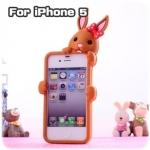case iphone 5 เคสไอโฟน5 เคสซิลิโคน 3D น้องกระต่ายน้อยเกาะอยู่หลังเคส น่ารักสุดๆ