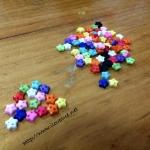 กระดุมอคริลิค จิ๋วดาว 0.5 cm 100 เม็ดคละสี