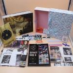 ชุดโฟโต้บุค โปสการ์ด ริสแบนด์ CD กล่องของขวัญ EXO EX'ACT Photo Album (ครบชุด)