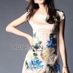 [พร้อมส่ง] เสื้อผ้าแฟชั่นเกาหลี Lady Ribbon's Made มินิเดรสผ้าซาตินและผ้าออร์แกนซ่าปักลายดอกไม้ กระโปรงเอวสูงเป็นผ้าออร์แกนซ่าโปร่งปักลายดอกไม้โทนสีฟ้า เหลือง เขียว มีซับใน
