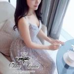[พร้อมส่ง] เสื้อผ้าแฟชั่นเกาหลี gown dress ลุคหรูหรา ผ้าลูกไม้เลื่อมทองหรูหราอลังการมากค่ะ ช่วงอกเข้ารูปสวย ระบายยาวๆพริ้วรอบตัว