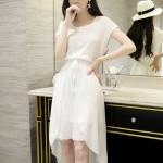 [พร้อมส่ง] เสื้อผ้าแฟชั่นเกาหลีราคาถูก เดรสแฟชั่นเกาหลี ผ้าชีฟอง มีซับใน จั้มเอว มีสายผูกเอวหลอก แบบสวม ชุดสีขาว