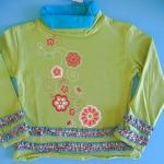 BON093 Bonita เสื้อยืดเด็กผู้หญิงแขนยาวสีเขียว พิมพ์ลายดอกไม้ คอเต่า ระบายตรงปลายแขน+ชายเสื้อ Size 3Y