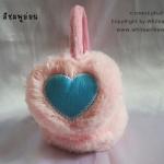 [พร้อมส่ง] KH2556 ที่ปิดหูกันหนาว/ที่ครอบหูกันหนาว รูปหัวใจ สีชมพูอ่อน