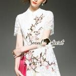 [พร้อมส่ง] เสื้อผ้าแฟชั่นเกาหลี เนื้อผ้าลูกไม้ทอลายดอกไม้ เนื้อผ้านุ่มใส่สบาย สวยเก๋ด้วยเดรสทรงกระโปรงทรงบายระบายๆ