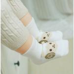 ถุงเท้า แกะสีขาว แพ็ค 20 คู่ ไซส์ M (ประมาณ 1-3 ปี)