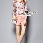 [พร้อมส่ง] เสื้อผ้าแฟชั่นเกาหลี เซ็ท 3 ชิ้นนะคะ ตัวเสื้อด้านนอกและกางเกงเป็นเนื้อผาคอตตอนผสมเนื้อ Wool ตัวเสื้อด้านในเป็นเนื้อผ้าชีฟองพิมพ์ลายดอกไม้