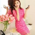 [พร้อมส่ง] เสื้อผ้าแฟชั่นเกาหลี เดรสผ้าลูกไม้สีชมพู เนื้อดีหนาสวยค่ะ ลูกไม้ไม่บาง ซับในสีชมพูเข้มสวย