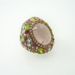 แหวนโรสควอตซ์ล้อมแฟนซี (Rose Quartz Silver ring with Fancy Gems)