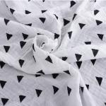 ผ้าอ้อม ลายสามเหลี่ยม แพ็ค 4 ชิ้น ไซส์ 110 * 110 ซม.