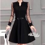 [พร้อมส่ง] เสื้อผ้าแฟชั่นเกาหลี เดรสสีดำ คอสูง แต่งกระดุมด้านหน้าเรียงเป็นแนวลงมา ดีเทลแขนซีทรูแต่งลายจุด มีเข็มขัดติดกับชุด