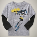 GP103 baby Gap เสื้อผ้าเด็ก เสื้อยืดแขนยาว เนื้อนุ่ม สีเทาต่อแขนสีน้ำเงิน สกรีน Batman เหลือ Size 18M/2Y