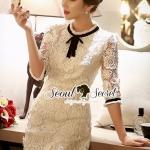[พร้อมส่ง] เสื้อผ้าแฟชั่นเกาหลี เดรสแขนสามส่วนทรงเข้ารูป หรูหราด้วยเนื้อผ้าลูกไม้สีขาวทอลายดอกไม้แบบเย็บซ้อนเป็นดอกลอย