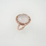 แหวนพลอยโรสควอตซ์ล้อมไวทโทปาซ (Rose Quartz Silver Ring)