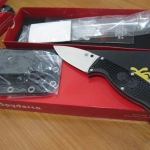 Spyderco FB31PBK Enuff Leaf VG10 Plain Blade, Black FRN Handles