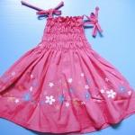 EXTG013 Baby Extreme เสื้อสายเดี่ยวเด็กหญิง สีชมพูเข้ม สม็อคช่วงลำตัว ปัก-พิมพ์ลายดอกไม้ เหลือ Size 3Y