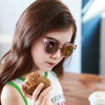 แว่นตา (UV400) กรอบสีชมพูเลนส์สีชมพู แพ็ค 5อัน ฟรีไซส์