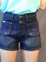 กางเกงยีนส์ขาสั้น แต่งกระเป๋า 2 ข้างทั้งด้านหน้าและหลัง