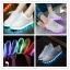 รองเท้าผ้าใบมีไฟ LED สีขาว (เปลี่ยนสีได้ 7 สี) thumbnail 1