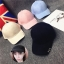 หมวกแฟชั่นเกาหลี หมวกเบสบอล พร้อมห่วงติดปีกหมวก สีดำ thumbnail 2