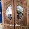 ประตูไม้สักกระจกนิรภัย แกะดอกไม้ เกรดA รหัส AA24