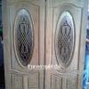 ประตูไม้สักบานคู่กระจกนิรภัยวงรี เกรดA รหัส AA21