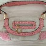 กระเป๋าวินเทจ Guess สีชมพู ของแท้