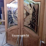 ประตูไม้สักกระจกนิรภัย ปีกนก เกรดA รหัส AA03