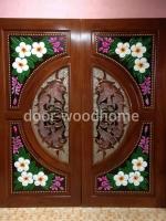 ประตูไม้สักกระจกนิรภัย แกะลีลาวดี เกรดA รหัส NNA01