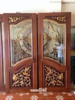 ประตูไม้สักกระจกนิรภัย ปีกนก เกรดA รหัสNNA14